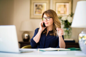 Woman contacting Proust Dynamic Organizing to help with organizing her business